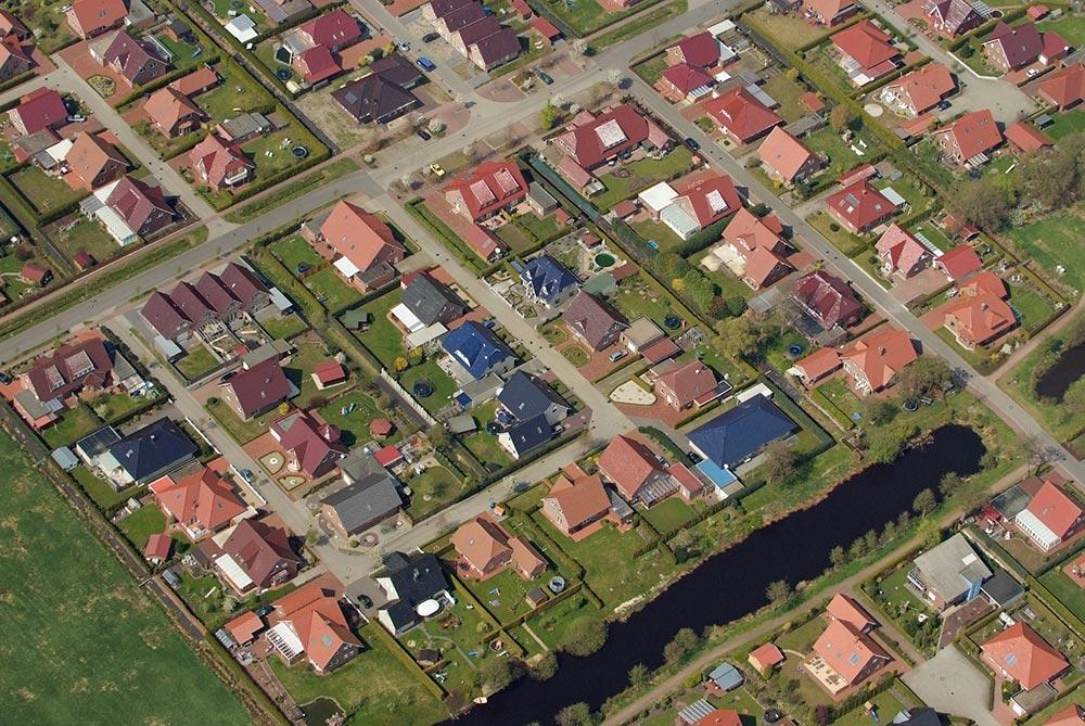 Einfamilienhaussiedlung Foto: Martina Nolte (Creative Commons by-sa-3.0 de, CC BY-SA 3.0 de)