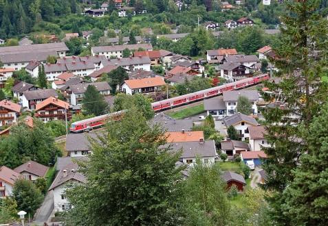 Luftaufnahme einer Ortschaft